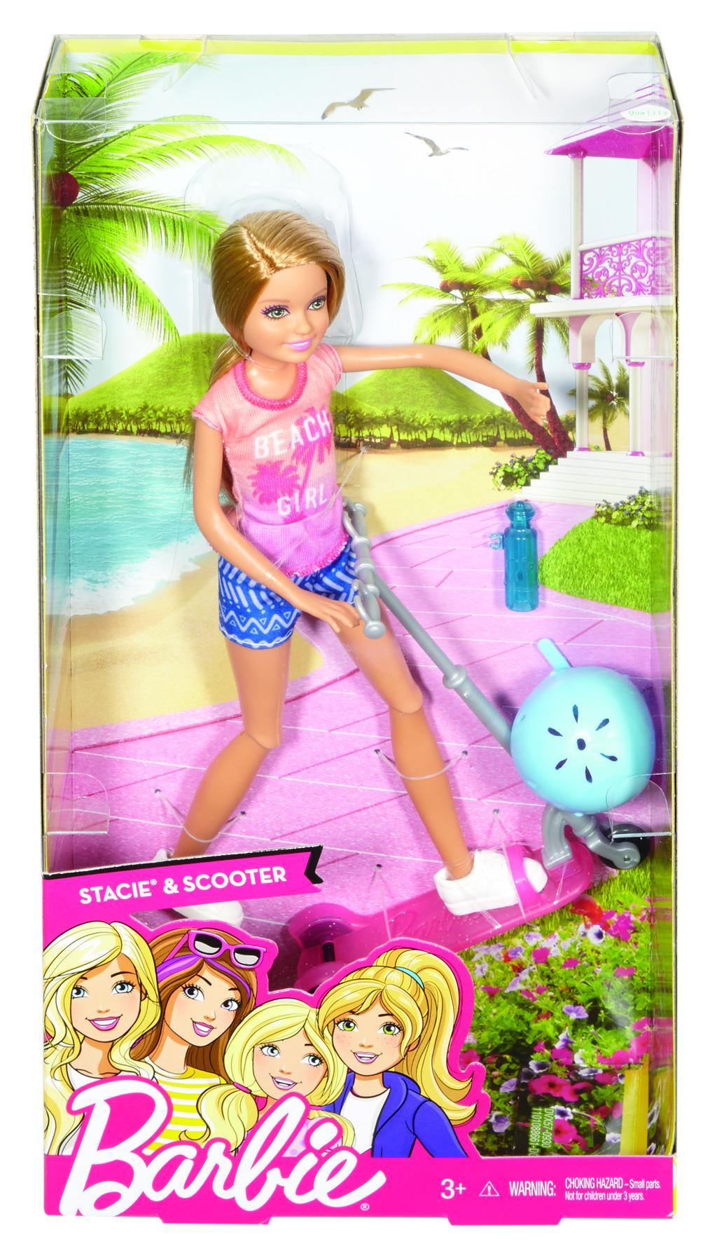 Barbie Stacie a koloběžka