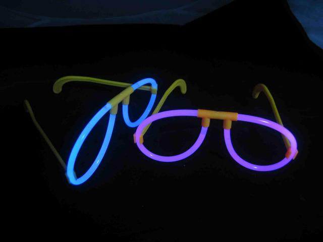 Svítící brýle
