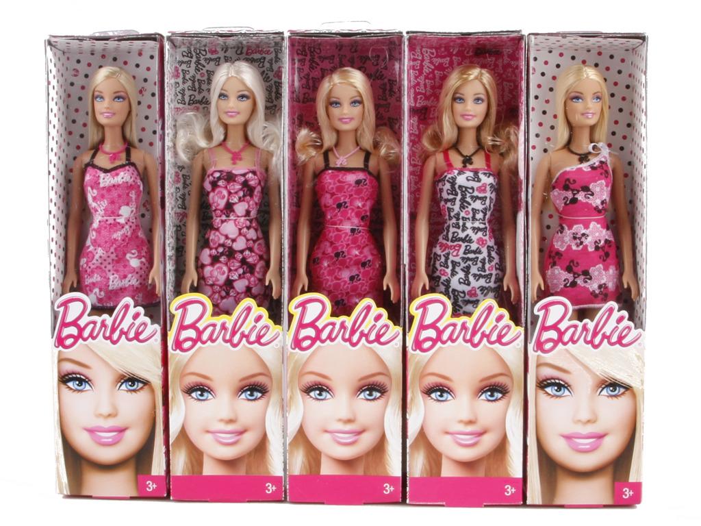 Barbie v šatech - blondýna