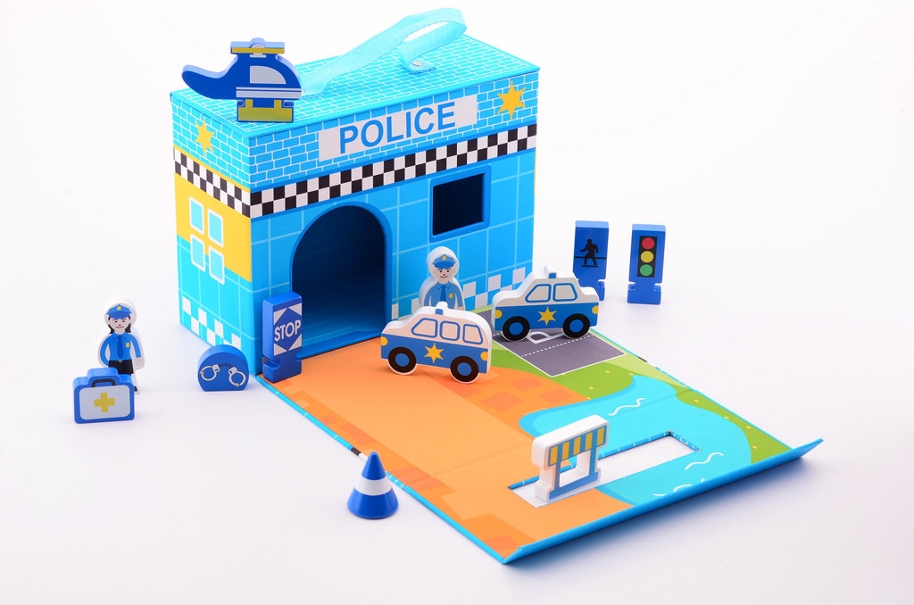 Dřevěná policejní sada s příslušenstvím v kufříku
