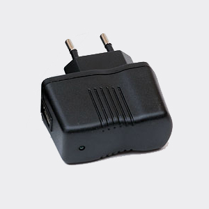 EVOLVEO nabíječka 230V/5V/1A pro StrongPhone Q4/D2