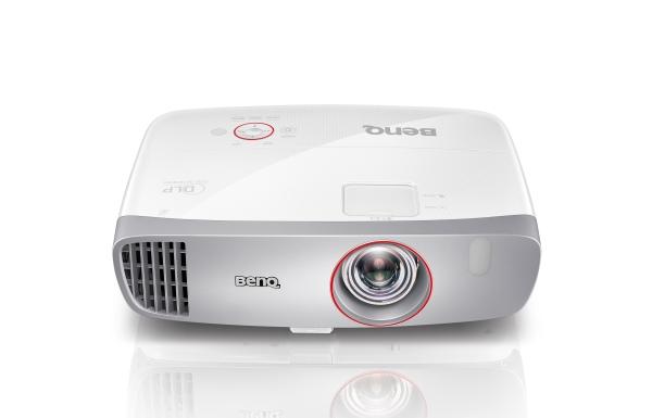 BenQ DLP Projektor W1210ST 1920x1080 1080p/2200 ANSI lm/15000:1/D-Sub/2xHDMI/MHL/USB/USB mini/2x10W Repro