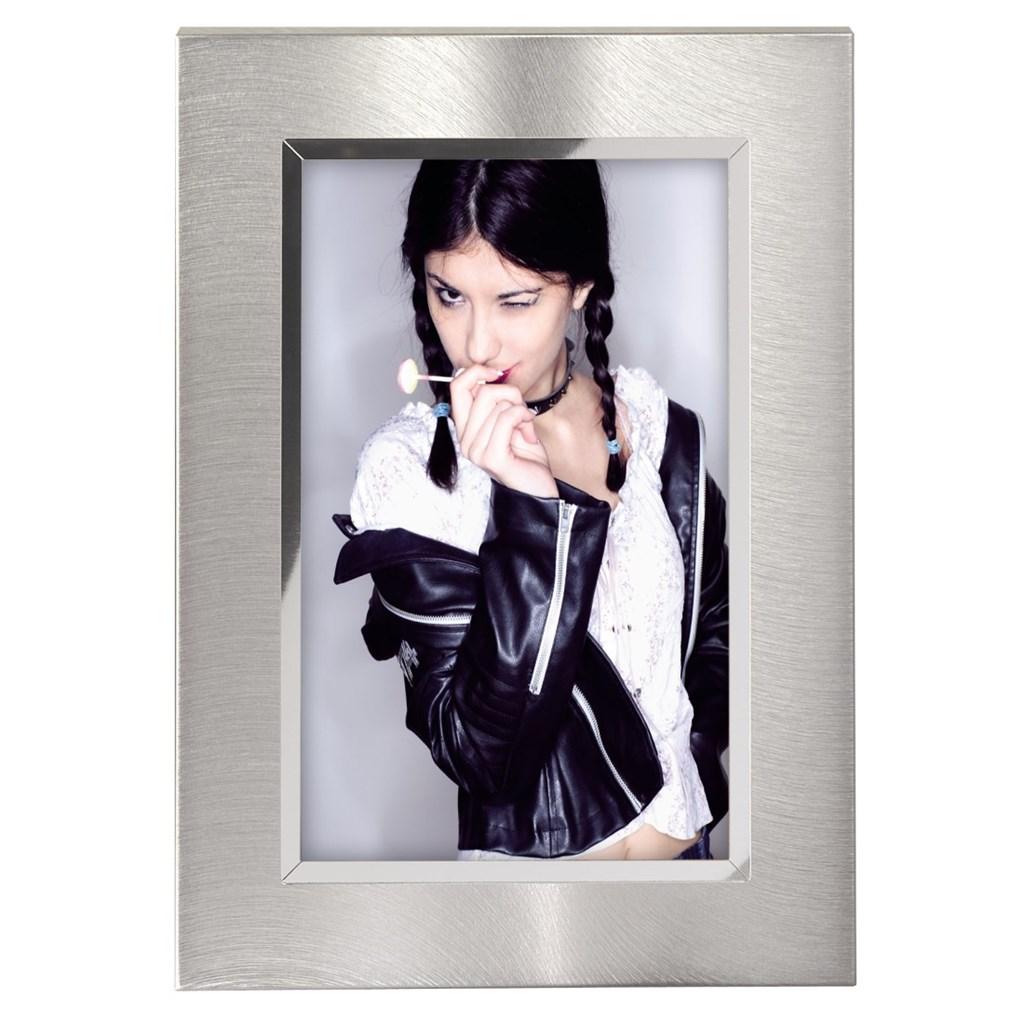 Hama portrétový rámeček Nantes, 10x15 cm, stříbrný