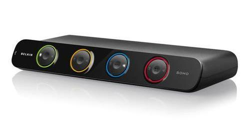 Belkin 4- portový OmniView SOHO KVM Switch, DVI & USB, vč.kabelů
