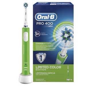 Toothbrush Oral-B Pro 400 Braun D16.513 CrossAction | green