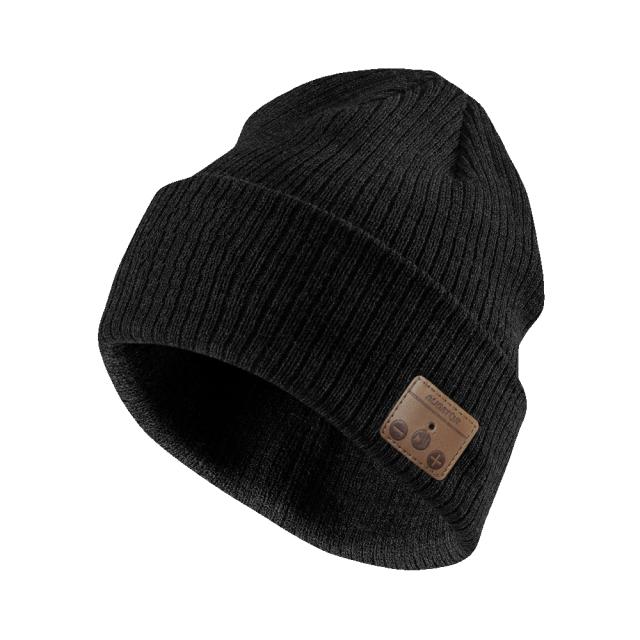 Čepice s bluetooth sluchátky černá