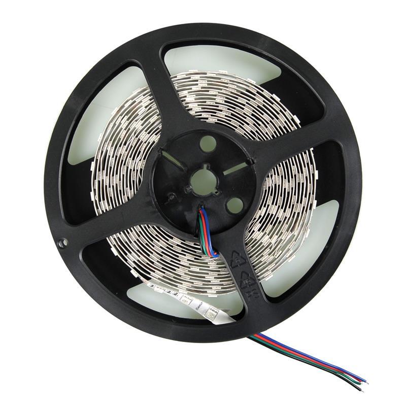 WE LED páska 5m | 60ks/m | 5050 | 14,4W/m | RGB | bez konektoru