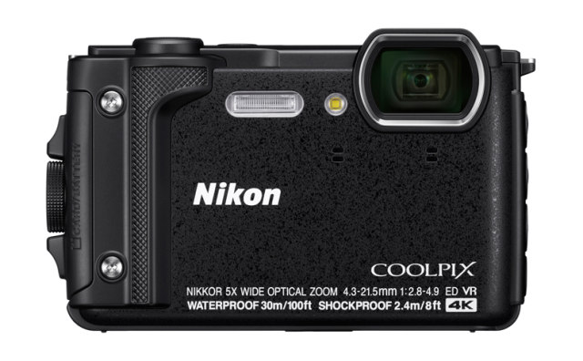 NIKON COOLPIX W300 - 16 MP, 5x zoom - Black
