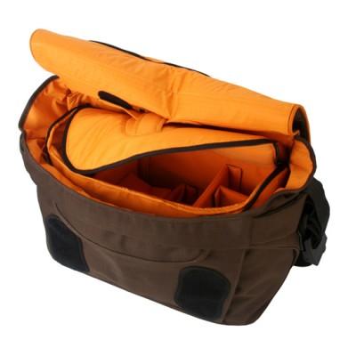 Crumpler NEW DELHI 620 - warm oatmeal / pumpkin orange