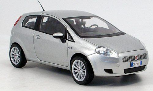 Mondo model Fiat Grande Punto Platinum 1/18 Silver