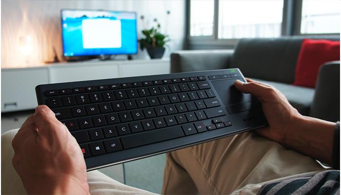 Logitech klávesnice Wireless Keyboard K830, US, podsvícená, Unifying přijímač, černá