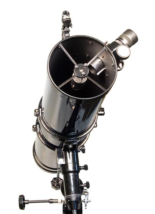 Hvězdářský dalekohled Strike 115 Plus