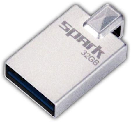 Patriot Spark 32GB USB 3.0 flashdisk, kovová konstrukce, malé rozměry,až 140MB/s