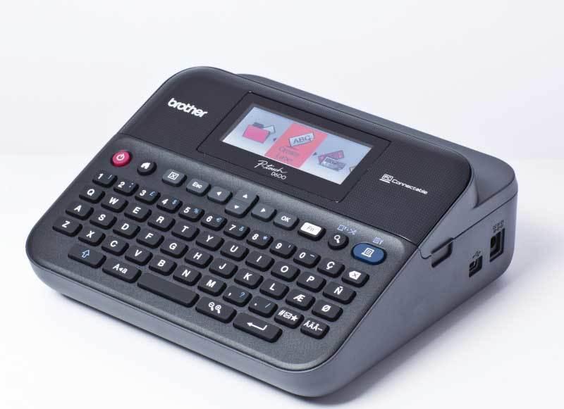 Brother PT-D600VP tiskárna samolepících štítků s kufříkem, barevný LCD