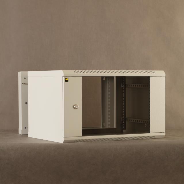 Netrack závěsný rack 19'' 6U/550 mm, skleněné dveře, dvojdílný, barva grafit