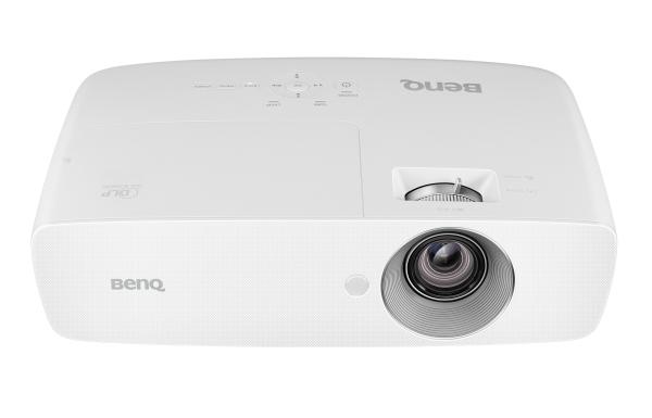 BenQ DLP Projektor W1050 1920x1080 Full HD/2200 ANSI lm/15000:1/D-Sub/2xHDMI/2W Repro