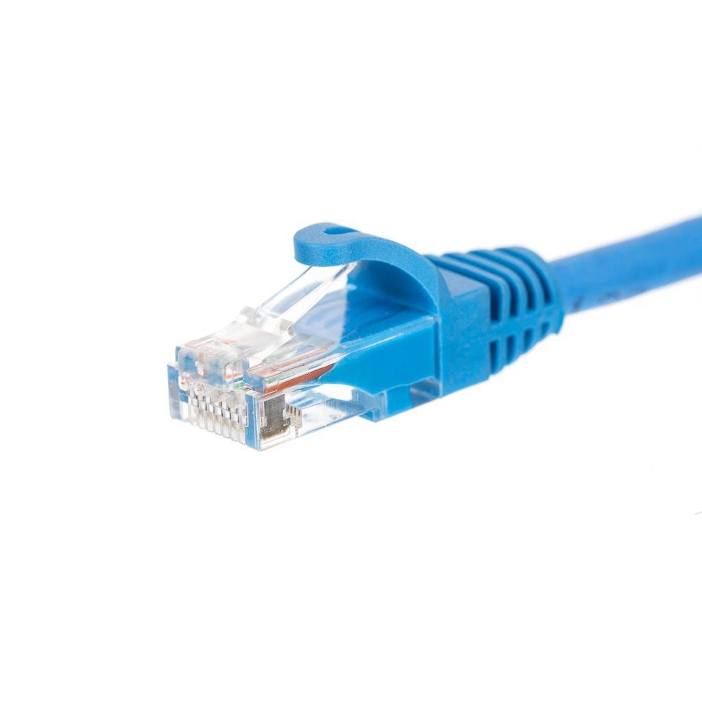 Netrack patch kabel RJ45, s litou ochranou, Cat 5e UTP, 0.5m modrý