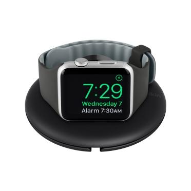 Belkin cestovní držák pro Apple Watch s možností nabíjení, černý