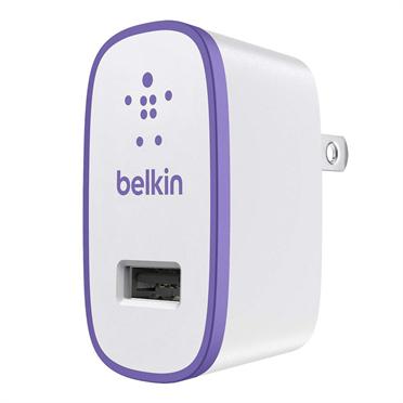 Belkin USB 230V nabíječka, 5V/2.1A, fialová