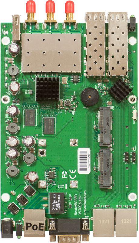 MikroTik RB953GS-5HnT, 5Ghz802.11a/n, L5, 3xGLAN, 2x miniPCI-e, 2xSFP, 2xSIM, 3xSMA, 128 MB, Atheros 720 MHz