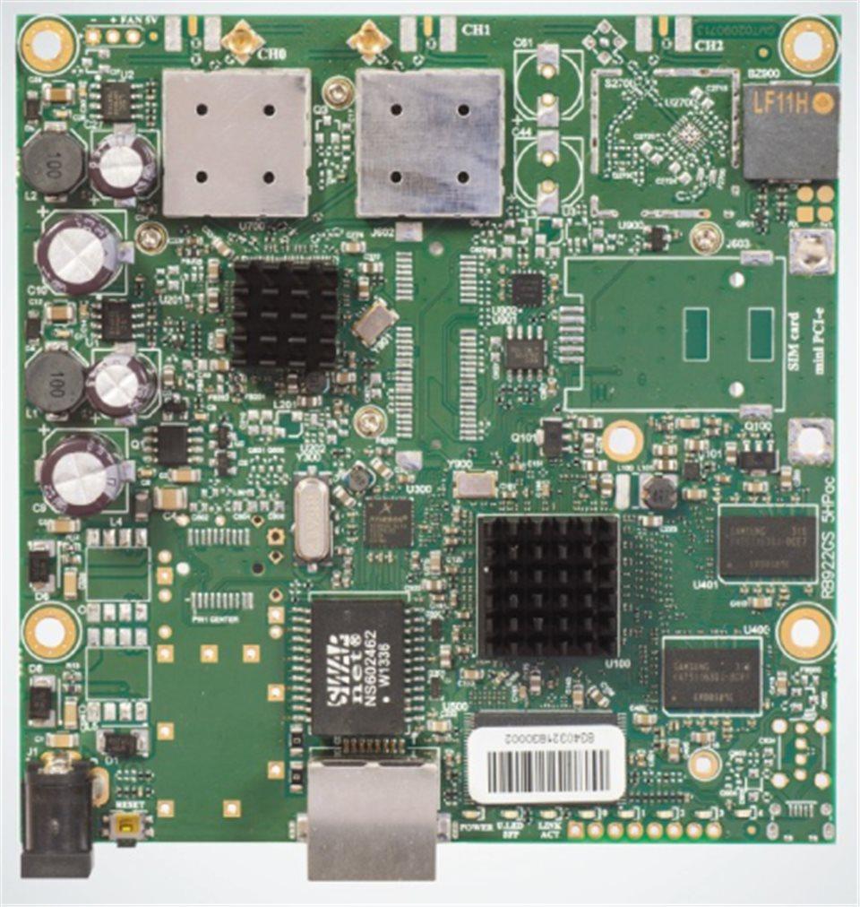 MikroTik RouterBOARD RB911G-5HPacD, 720MHz CPU, 128MB RAM, 1x LAN, integr. 5GHz Wi-Fi, 30dBm, 802.11a/n/ac, vč. L3