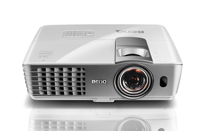 BenQ DLP Projektor W1080ST+/1080p/2200ANSI/10 000:1/HDMI/MHL/3D/1x10W repro