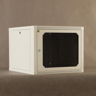 Závěsný rack 19'' Netrack 9U/600mm,skleněné dveře,šedý,odnímatelné boční panely