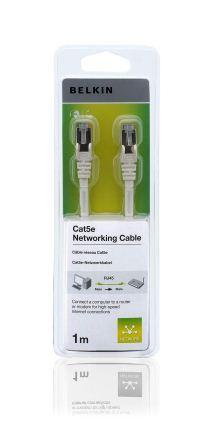 BELKIN Patch kabel Cat5E, RJ45, STP, bílý, 1 m