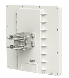 MIKROTIK RouterBOARD QRT-5 + RouterOS L4