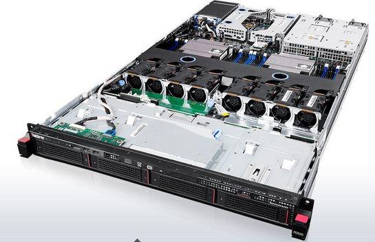 """Lenovo RD550 Xeon 6C E5-2620v3 2.4 GHz/1x8GB/0GB HS SAS/SATA 3,5"""" (4)/RAID720i/DVD-RW/IMM/750W"""
