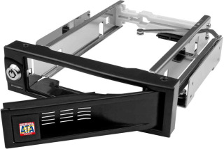 Interní box IB-168SK-B 5.25'' pro 3.5'' SATA HDD, hliník, HotSwap, černý