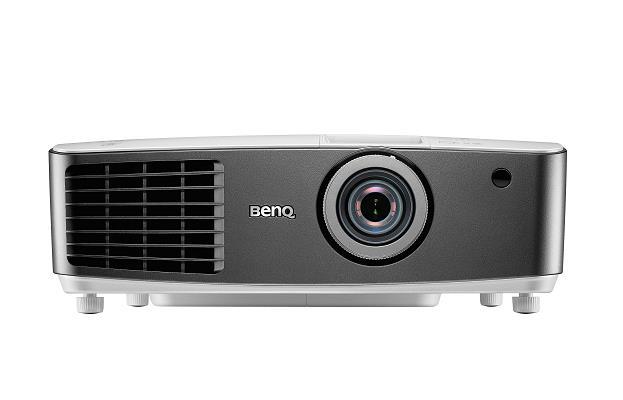 Projektor BenQ W1400; DLP; Full HD (1080p); 2200 ANSI; 10000:1; HDMI